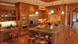 מטבח קלאסי- דגם עץ מלא חום